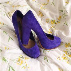 Steve Madden suede cobalt blue pumps Steve Madden suede cobalt blue pumps! Very good condition. Worn >5 times. 4.5 inch heel (1 inch platform) Steve Madden Shoes Heels