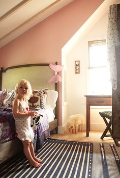 Sooo adorable! A little girl's bedroom that can grow with her. A touch of bohemian chic on the bedding.
