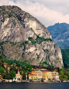 Italy - Lake Como: Between the Mountains and the Lake by John & Tina Reid, via Flickr