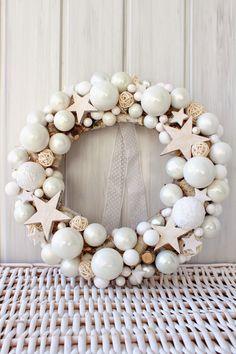Czyli co mi w duszy gra. Christmas Advent Wreath, Christmas Crafts To Make, Christmas On A Budget, Handmade Christmas Decorations, Thanksgiving Wreaths, Holiday Wreaths, Xmas Decorations, Classy Christmas, Navidad Diy