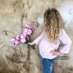 Blooms and the bump ⠀ ⠀ adore_weddings 24 Weeks Pregnant, Baby Bumps, Dahlia, Floral Design, Bloom, Weddings, Floral Patterns, Wedding, Dahlias