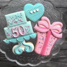 My baby sister had a big birthday this week, so cookies! Crazy Cookies, Fancy Cookies, Iced Cookies, Cute Cookies, Sugar Cookies, Happy Birthday Cookie, Birthday Cookies, 50th Birthday, Birthday Sayings