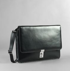 Great work bag and not too pricey.