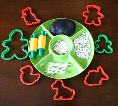 Invitation to create play dough skeletons preschool themes, preschool class Fall Preschool, Preschool Themes, Preschool Classroom, Teaching Themes, Kindergarten Activities, Classroom Activities, Montessori, Easy Diy Crafts, Diy Crafts For Kids