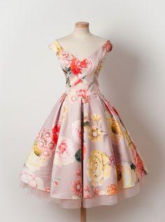 Vintage Prom/Homecoming Dress ,Floral A-line short Homecoming Dress,Printing Trendy Dresses, Cute Dresses, Beautiful Dresses, Casual Dresses, Fashion Dresses, Formal Dresses, 1950s Dresses, Vintage Outfits, Vintage Fashion