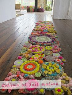 Make It: A Stunning DIY Rope Rug! - Make It: A Stunning DIY Rope Rug! You are in the right place about decoration rustic Here we offer - Rope Rug, Rug Making, Handmade Home, Handmade Rugs, Handmade Wedding, Fiber Art, Weaving, Diy Projects, Auction Projects