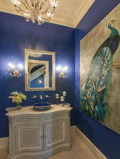 Looking for Bathroom and Powder Room ideas? Browse Bathroom and Powder Room images for decor, layout, furniture, and storage inspiration from HGTV. Peacock Bathroom, Bathroom Colors, Small Bathroom, White Bathroom, Peacock Decor Bedroom, Bathroom Vintage, Tiny Bathrooms, Peacock Theme, Peacock Print