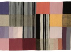 Late-1920s wool, cotton and cellophane Gunta Stölzl tapestry, sold by Christie's for £33,650 Bauhaus Art, Bauhaus Textiles, Bauhaus Design, Textile Art, Textile Prints, Textile Patterns, Print Patterns, Home Textile, Abstract Pattern