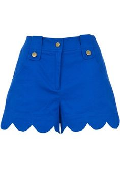 Love the royal blue scalloped shorts Joy The Store, Royal Blue Shorts, Tardis Blue, Confessions Of A Shopaholic, Scalloped Hem, Fashion Lookbook, Well Dressed, New Outfits, Nice Dresses