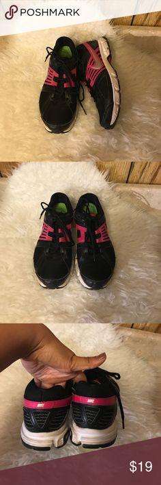 Nike shoes Nike shoes Nike Shoes