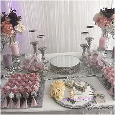 Cansu&Yunus Emre çiftinin söz masası konseptinden ufak kareler.. Çiftlerimizi canı yürekten tebrik eder,ömür boyu mutluluklar dileriz.. Sedef'in incileri olarak sizinle olduğumuz için mutluyuz..Çok teşekkürler.. #odakokusu #masasüsleme #anidefteri #design #wedding #henna #tasarim #mevlüthediyesi #sachet #söztepsisi #verlobungstablett #gift #hennanight #düğün #bebeksekeri #babyshower #kınaorganizasyonu #nişanorganizasyonu #gelinbuketi #gastgeschenke #nikahhediyesi #engagement #da