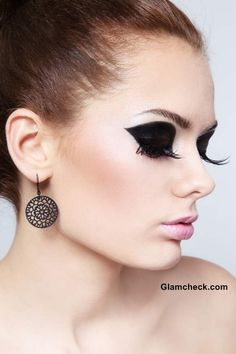 Intense Black Eye Makeup