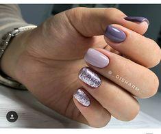 Nail art design : gliter nail , nail design ideas - Education and lifestyle Shellac Nails, Pink Nails, Nail Polish, Manicures, Blue Nail, Girls Nails, Stiletto Nails, Acrylic Nails, Accent Nails