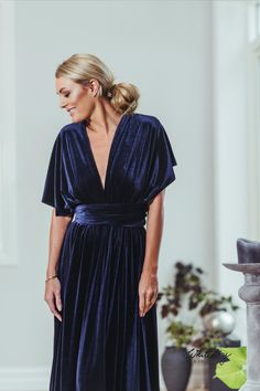 Whitestory & Friends own wrap velvet dress in dark-blue w/ separate top. Perfect as a bridesmaid dress. Shipping worldwide Tailor Scissors, Infinity Dress, Blue Velvet, Blue Fashion, Suits You, Body Shapes, Different Styles, Style Guides, Separate