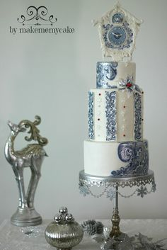 EDITOR'S CHOICE (11/29/2013) Bells, bows & birds.. by Makememycake  View details here: http://cakesdecor.com/cakes/99871