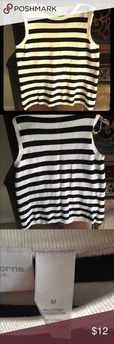 """Liz Claiborne B&W striped sleeveless shirt Liz Claiborne B&W striped sleeveless shirt 100% cotton.  Neck 7"""" arm pit to arm pit 12.5"""" length: 23"""" width: 18"""" no flaws!!! Liz Claiborne Tops"""