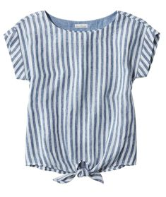 Find the best Women's Signature Short-Sleeve Linen Top at L. Our high quality Women's Shirts and Tops are thoughtfully designed and built to last season after season. Party Wear Kurtis, Party Wear Dresses, Diwali Dresses, Flattering Dresses, Wrap Blouse, Summer Tops, Shirt Blouses, Women's Shirts, Dress Shirts