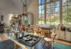 Matthew Moger's artist Studio
