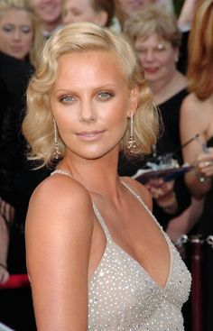 Image result for charlize theron 2004 oscars hair