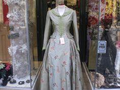 trajes regionales de aragon fotos - Buscar con Google Folk Costume, Google, Dresses, Regional, Fashion, Folklore, Home, Romantic Clothing, Bridal Veils