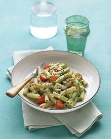 spinach pesto with whole wheat pasta