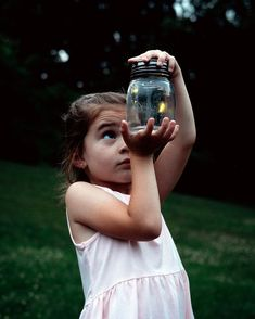 Firefly Photography, Amazing Photography, Art Photography, Summer Nights, Summer Vibes, Catching Fireflies, Photo Reference, Drawing Reference, Small Moments