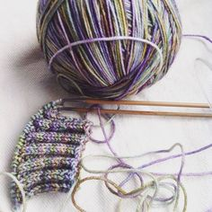 So pretty. Free Blueberry Waffle sock pattern and Malabrigo sock yarn. Heaven.