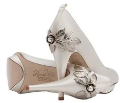 wedding shoes for bride | Fashion Infatuation: Luxury custom made bridal shoes