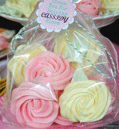 How to make meringue rose cookies (Shugarysweets). Like the idea of adding leaves.