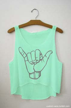 hang loose crop top for summer im diggin outfits clothes for summer Looks Style, Style Me, Cali Style, Style Summer, Girl Style, Summer Outfits, Cute Outfits, Summer Clothes, Summer Wear