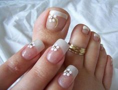 Weddbook ♥ Here we have wedding nails for fingers and toes.Square shaped nails with printed flower in it and a tiny stone in it. Pretty Toe Nails, Pretty Toes, Fancy Nails, Bling Nails, Wedding Toe Nails, Wedding Nails Design, Pedicure Designs, Toe Nail Designs, Nail Art Pieds