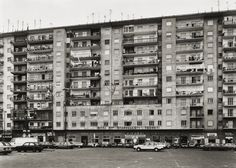 melisaki: Via Giovanni a Mare, Napoliphoto by Thomas Struth, 1988