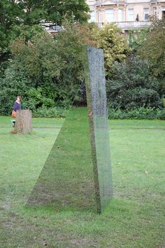 Reflective/Type: Mirrored surfaces appeared on different works, effective use of the treatment worked especially well in the Sculpture Park, where the surrounding environment was reflected onto the surfaces, creating an optical illusion.