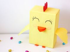 11x Paasdoos maken & meer crea inspiratie voor het paasontbijt op school Lego Letters, Paper Crafts, Diy Crafts, Easter Brunch, Cool Kids, Box, Crafts For Kids, Seasons, Inspiration