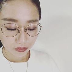 WEBSTA @ aki_fjf - Eyevan7285の眼鏡をもう一本#eyevan7285 #✴︎ #fashion #glasses #わたしはわたし #もしゃもしゃはもうぽい #昨日の自分と比べて #満足な1日を #大好きな人には大好きと #素敵なものは素敵と #伝えよう #もっともっと上へ  Frame: EV539
