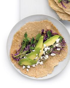Avocado, Feta, and Cabbage Wrap Lunch Recipes, Vegetarian Recipes, Avocado Recipes, Wrap Recipes, Ovo Vegetarian, Healthy Recipes, Vegetarian Options, Dinner Recipes, Red Cabbage Salad