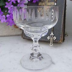 Vintage Gläser - 10 mid century Likörgläser Likörschalen Schliff - ein Designerstück von artdecoundso bei DaWanda