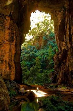 Son Doong cave is located in the province of Quang Binh, Vietnam, 500 kilometers south of Hanoi, the two cavities are found in Phong Nha-Kẻ Bàng National Park, declared World Heritage Site by UNESCO in 2003