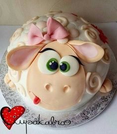 New birthday funny cake happy ideas Fondant Cakes, Cupcake Cakes, Bolo Laura, Super Torte, Sheep Cake, Farm Cake, Funny Cake, Animal Cakes, Fun Cupcakes
