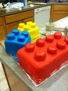 How to make a lego cake... with fondant.  I might do this, but that would make me absolutely nuts.