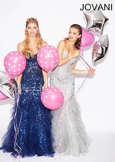 Lace Prom Dress #CrushingOnRissyRoos