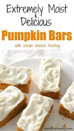 This easy Pumpkin Bars with cream cheese frosting recipe turns out perfect every. - This easy Pumpkin Bars with cream cheese frosting recipe turns out perfect every time! My husband & - Köstliche Desserts, Delicious Desserts, Yummy Food, Health Desserts, Dessert Healthy, Dinner Healthy, Smores Dessert, Dessert Bars, Dessert Chocolate
