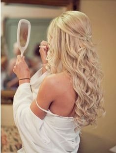 Love this look! I wonder if my hair can do this...?