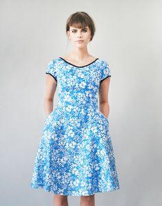 D.E.L.I.E low-cut back dress von Femkit auf DaWanda.com