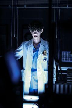 Lee Jong-suk as Dr Park Hoon in Doctor Stranger 2014 Lee Jung Suk, Kim Jung, Drama Korea, Korean Drama, Doctor Strange Drama, Lee Jong Suk Doctor Stranger, Good Doctor Series, Dr Park, Park Jin Woo
