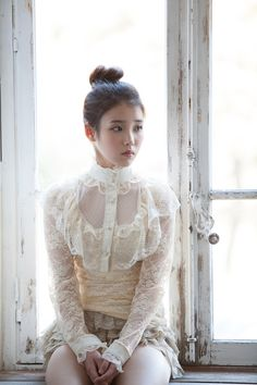 IU Japan 1st Single <GOOD DAY>
