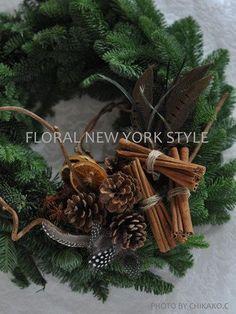 Fresh Flower Arrangement #43 by FLORAL NEW YORK, via Flickr Christmas Flower Arrangements, Christmas Flowers, Christmas Love, Beautiful Christmas, Floral Arrangements, Christmas Wreath Image, Holiday Wreaths, Flower Decorations, Christmas Decorations