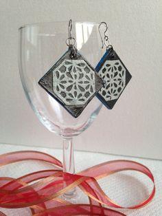 Handmade Hanji Paper Dangle Earrings Diamond Black by HanjiNaty, $14.00