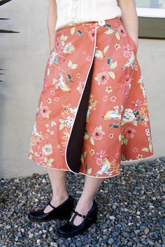 Reversible Wrap Around Skirt - tutorial/pattern...this might be veddy interesting! ~s~