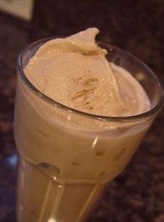 Wendy's Frosty Recipe ~ only 3 ingredients: cool whip, sweetened condensed milk, and chocolate milk. Looks so easy! I've seen some with wacky ingredients this one looks easy! Fhe night in the summer? Yummy Treats, Delicious Desserts, Dessert Recipes, Yummy Food, Recipes Dinner, Dinner Ideas, Sweet Treats, Tasty, Easy Desserts